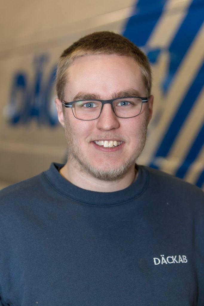 Namn Efternamn Däckab Hudiksvall. Foto: Morgan Grip / Mediamakarna Grip